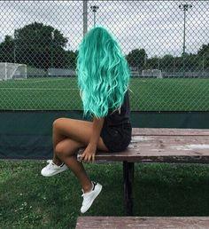 Pretty and Attractive Blue Hair Style * Page 15 of 21 – dark blue hair,b… – unterhellt Haare Cute Hair Colors, Pretty Hair Color, Beautiful Hair Color, Hair Dye Colors, Ombre Hair Color, Mint Hair Color, Amazing Hair Color, Medium Hair Styles, Curly Hair Styles