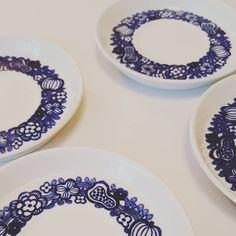 KURPITSA LAUTASET 1971-1975 Plates, Retro, Tableware, Instagram, Design, Licence Plates, Dishes, Dinnerware, Griddles