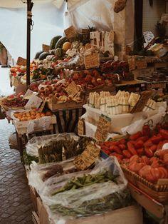 Verona Foodmarket Market Italy Italy Verona Fruit Travel Guide Travel Tips Europe Travel Fruit Fruits from the Market City Food Tips Vintage Italy, Italia Vintage, Summer Aesthetic, Travel Aesthetic, Aesthetic Outfit, Aesthetic Bedroom, Aesthetic Girl, Aesthetic Fashion, Verona