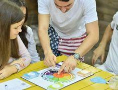 99+ Activități pentru copii – Distractive și Educative Picnic Blanket, Outdoor Blanket, Board Games, Baby Boy, Tabletop Games, Boy Newborn, Picnic Quilt, Table Games
