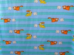 Garfield Odie Chasing Clouds Vintage Jim Davis 1978 UFS Sewing Quilting Fabric | Collectibles, Linens & Textiles (1930-Now), Fabric | eBay!