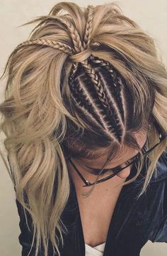 The Ultimate Hairstyle Handbook Everyday Hairstyles for the Everyday Girl Braids, Buns, and Twists! Step-by-Step Tutorials #braids