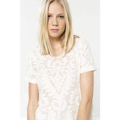 Top Les Petites… T-shirt à encolure ronde, manches courtes dentelles se refermant par une goutte d'eau. Détails perles sur le devant.