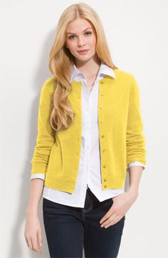 Qubrosi Mills Fix love this whole outfit! I like the classy/casual look totally right up my style alley. Classic yet stylish. Plus Yellow is my favorite color! Yellow Dress Casual, Yellow Cardigan, Mustard Cardigan, Casual Outfits, Cute Outfits, Fashion Outfits, Fashion Trends, Casual Clothes, Office Outfits