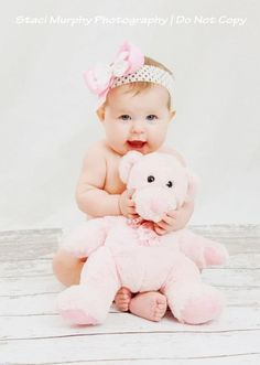 Baby Photography Ideas Girl 6 Months Smile Ideas For 2019 Baby Girl Photos, Baby Pictures, Baby Girl Photography, Photography Ideas, 6 Month Baby Picture Ideas, Baby Stuffed Animals, Girl Photo Shoots, Baby Smiles, Baby Poses