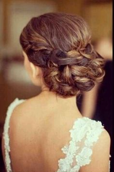 Bride hair. Low bun