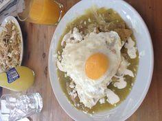 Chilaquiles Verdes con Huevo Estrellado