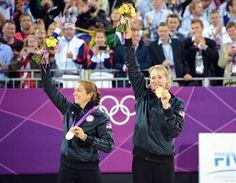 USA's May-Treanor/Walsh and Brazil's Juliana/Larissa top women's 2012 FIVB SWATCH World Tour season awards | FIVB - Press release