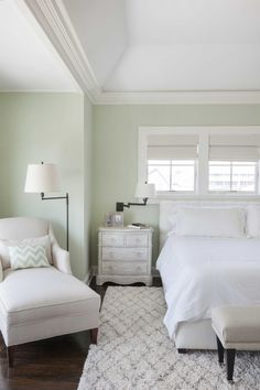 After a family's beloved beach house in Normandy Beach, New Jersey was destroyed by Hurricane Sandy, they enlisted the help of interior designer (and fellow turquoise lover!) Jenny Madden of … House Of Turquoise, Benjamin Moore Bedroom, Coastal Color Palettes, Pottery Barn Teen Bedding, Big Bedrooms, Kitchen Wall Colors, Luxury Duvet Covers, Luxury Bedding Collections, Bedroom Green