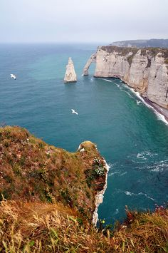 Étretat, France  http://www.vacationrentalpeople.com/vacation-rentals.aspx/World/Europe/France/