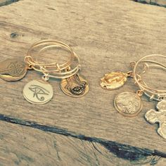 Alex and Ani rings I Love Jewelry, Jewelry Box, Jewelery, Diy Jewelry, Alex And Ani Rings, Alex And Ani Bracelets, Stackable Rings, Ring Earrings, Precious Metals
