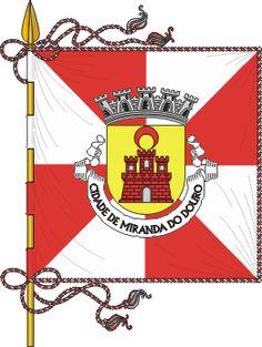Bandeira de Miranda do Douro (português) Miranda de l Douro (mirandês)