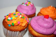Carnival Cupcakes- Cream Cheese