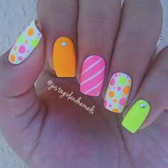 Cool Summer Nail Art Designs 2016 That will Surely Inspires You Fashion Craze Neon Nail Art, Neon Nails, Cute Nail Art, Cute Nails, Pretty Nails, Bright Nail Art, Bright Colors, Colours, Frensh Nails