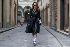Alexandra Lapp street style in Florence Leather Shirt Dress, Leather Dresses, Dior So Real Sunglasses, Leather Trench Coat, Leather Coats, Mother Denim, German Fashion, Socks And Heels, Ladies Dress Design