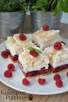 Malinowa chmurka przepis na ciasto - KulinarnePrzeboje. Dessert For Dinner, Dessert Drinks, Dessert Bars, Jello Recipes, Cake Recipes, Dessert Recipes, Anko, Realistic Cakes, Good Food