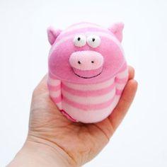 DIY para hacer varios muñecos de animales utilizando calcetines, también muchas ideas e inspiración para que pongas en marcha tu creatividad y hagas tus propios modelos.