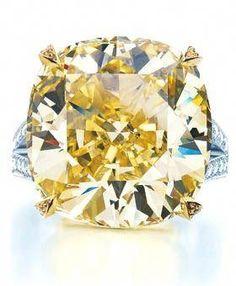 29 Best Green Diamonds images   Diamond jewellery, Diamond jewelry