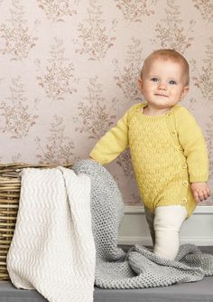 Yellow knitted romper for baby Knit Baby Sweaters, Baby Knits, Knitted Romper, Knitted Baby, Kids Blankets, Crochet Books, Baby Alpaca, Mellow Yellow, Comfortable Outfits