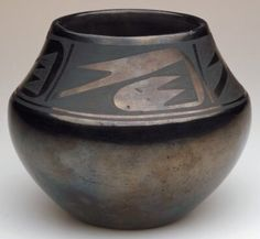 Vessel, Maria Martinez ; Julian Martinez, early 20th century