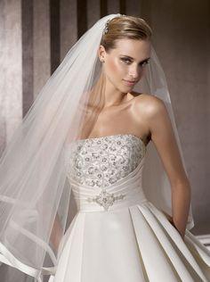 esküvői-ruha-PRONOVIAS BAMBA-D