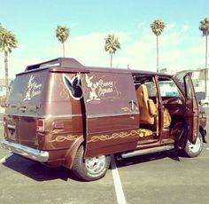 """""""Bunny Express"""" custom 70's van"""