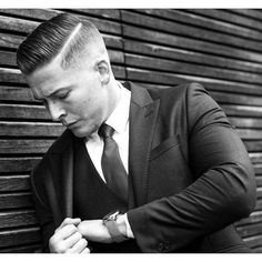 Haircut by r.braid http://ift.tt/23hmtIt #menshair #menshairstyles #menshaircuts #hairstylesformen #coolhaircuts #coolhairstyles #haircuts #hairstyles #barbers