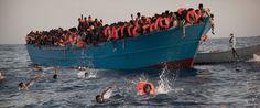 AP_Libya_Migrants_ml_160829_1_12x5_1600.jpg 1.600×669 Pixel