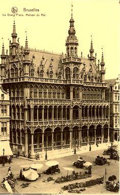 Maison du Roi, Brussels. See our old postcards of Brussels at http://oldstratforduponavon.com/brussels.html