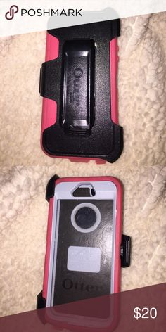 iPhone 5 Otterbox Looks brand new OtterBox Accessories Phone Cases