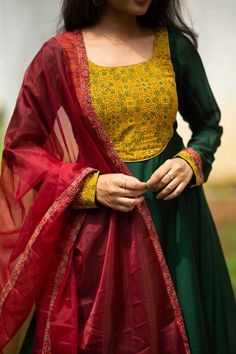 Churidar Designs, Kurti Neck Designs, Kurta Designs Women, Kurti Designs Party Wear, Blouse Designs, Indian Gowns Dresses, Indian Fashion Dresses, Dress Indian Style, Evening Dresses
