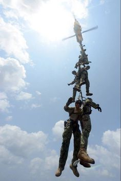 USA Special Forces In Aerial Training!