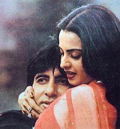 Bollywood Couples, Bollywood Cinema, Bollywood Stars, Bollywood News, Bollywood Actress, Bollywood Makeup, Rekha Actress, Old Actress, Sad Love Stories