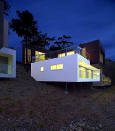 Elandra Beach Houses