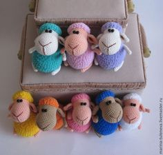 Baby Knitting Patterns Toys Crochet these colorful little sheep. Crochet Cow, Crochet Birds, Easter Crochet, Crochet Animals, Baby Knitting Patterns, Crochet Patterns, Crochet Projects, Sheep, Handmade