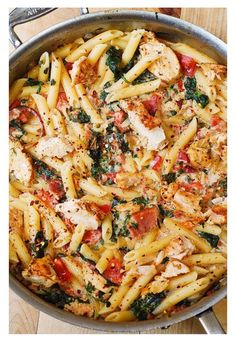Chicken And Bacon Pasta With Spinach And Tomatoes In Garlic Creamy Sauce!!