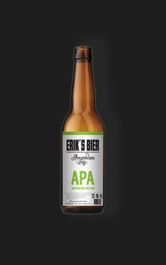 APA Bier (Amsterdam Pale Ale) van Erik's Bier heeft een hoger aandeel van bleke mout, wat resulteert in een lichtere kleur dan andere speciaalbieren. Fris en rijk van smaak, zacht in de mond. Ingrediënten: water, gerstemout, suiker, hop (Centennial en Zeus) en gist. Koel en donker bewaren, aanbevolen temperatuur: 5°-8°C. Gebrouwen met gezuiverd duinwater. Alc. 5,6%