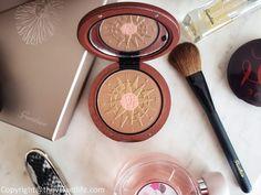 Guerlain - Summer by Terracotta 2018 Collection, Meteorites Le Parfum - The Velvet Life Guerlain Makeup, Person Of Color, Luxury Beauty, Terracotta, Beauty Makeup, Fragrance, Make Up, Velvet, Skin Care