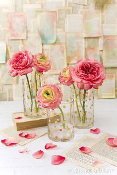 Pair flowers from our Fresh Picked collection with a gold polka-dot vase for instant glam!
