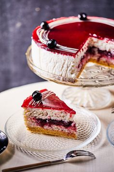 Meggyes tejberizstorta | Street Kitchen Hungarian Desserts, Hungarian Recipes, Cheesecake Cupcakes, Cakes And More, No Bake Cake, Fudge, Cake Recipes, Food And Drink, Favorite Recipes