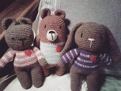 "12 Me gusta, 2 comentarios - Pata de lana 🐾 (@pata_de_lana_crochet) en Instagram: ""Amigos ❤"" Lana, Hello Kitty, Fictional Characters, Instagram, Friends, Tejidos, Fantasy Characters"