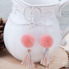 8季節女性ホット新しいファッションドロップイヤリングシルバーカラー綿の房スイカ赤カシミヤpom pomボール90ミリメートルx 20ミリメートル1ペア