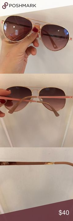 Like new Juicy Couture aviator sunglasses Perfect summer accessory, these light pink juicy couture aviator sunglasses Juicy Couture Accessories Sunglasses
