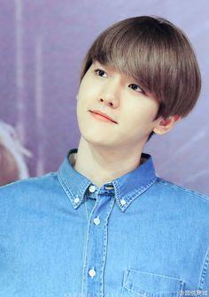 "Exo - Baekhyun ""He's, an angel"" Luhan And Kris, Kris Wu, Baekhyun Chanyeol, Baekyeol, Chanbaek, Beautiful Voice, Beautiful Men, Yoseob, Kim Minseok"