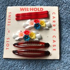 Two pretty vintage 60/'s fashion red bows slides kitsch plastic hair clips