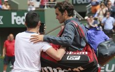 WATCH: Roger Federer Gets Livid after Crazy Fan Rushes on Court at Roland Garros - http://www.tsmplug.com/tennis/watch-roger-federer-gets-livid-after-crazy-fan-rushes-on-court-at-roland-garros/