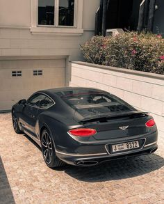 Bentley Continental Gt, Fancy Cars, Cool Cars, Dream Cars, Bentley Gt, Good Looking Cars, Top Luxury Cars, Futuristic Cars, Dubai