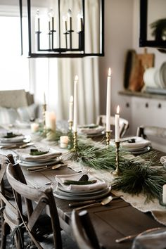 Beautiful natural and rustic country French farmhouse Christmas tablescape. Beautiful natural and rustic country French farmhouse Christmas tablescape. Christmas Kitchen, Noel Christmas, Modern Christmas, Rustic Christmas, Beautiful Christmas, Nordic Christmas, Christmas Ideas, Christmas Table Centerpieces, Christmas Table Settings