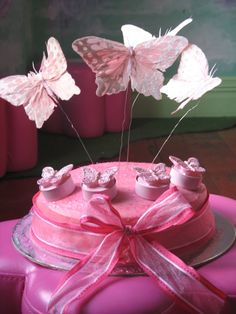 http://www.thefairyshop.co.nz/data/media/images/Fairy%2520Food/Butterfly%2520cake%2520resized.jpg