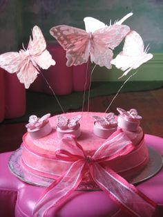 http://www.thefairyshop.co.nz/data/media/images/Fairy%2520Food/Butterfly%2520cake%2520resized.jpg
